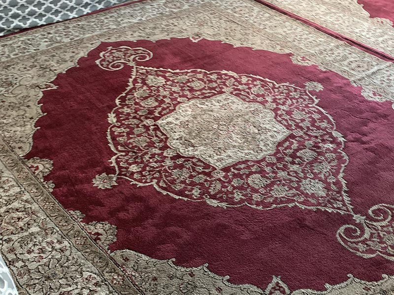 Rug Cleaning Service - Free, Same Day